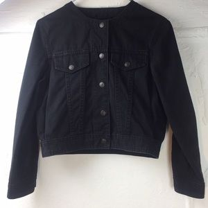 Mtwtfss weekday collarless crop top jean jacket.